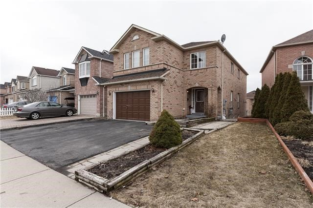 126 Fletcher Ave, Ajax