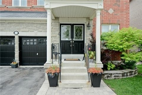 25 Cantwell Cres, Ajax