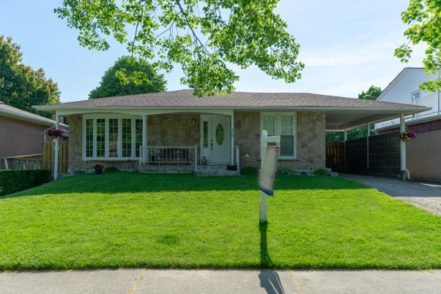 16 Heatherwood Rd, Ajax