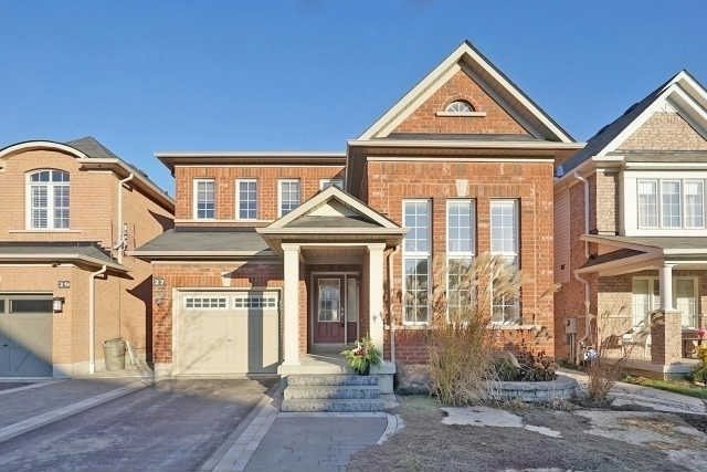 27 Watersplace Ave, Ajax