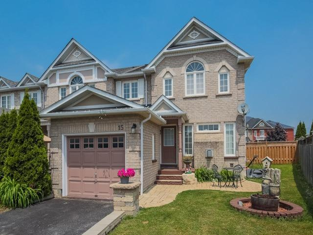 15 Chesham Crt, Ajax