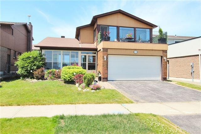 24 Lake Drive Way E, Ajax