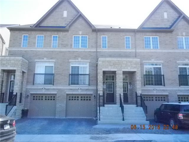 228 London Lane, Ajax