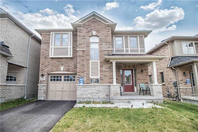13 Skelton Cres, Ajax
