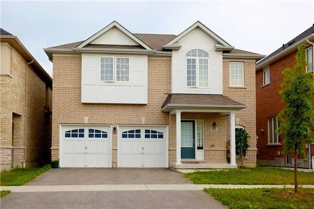35 Mosely Cres, Ajax