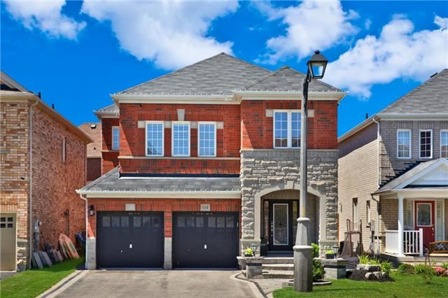 114 Decourcy Ireland Circ, Ajax