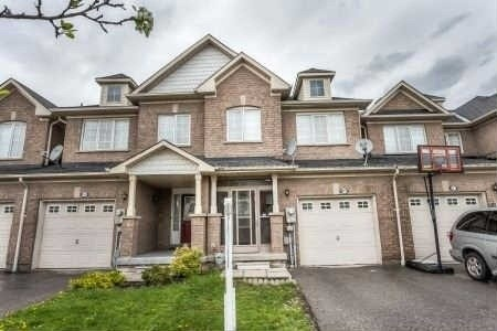 145 Bean Cres, Ajax