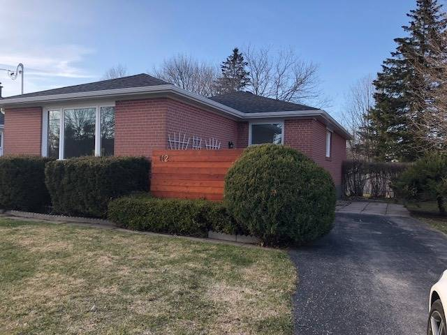 112 Murray Dr, Aurora