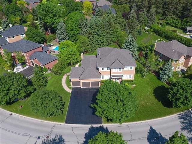 38 Willow Farm Lane, Aurora