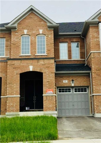 41 Capreol Ave, Aurora