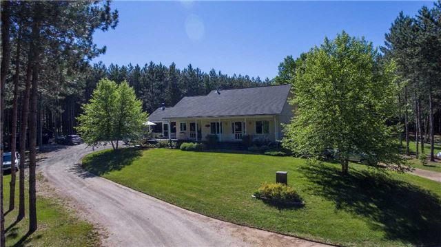 1681 Barry Line Rd, Algonquin Highlands